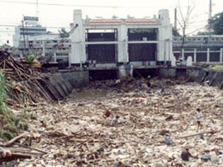 pencemaran oleh sampah