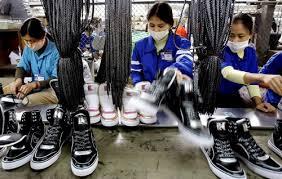 Perusahaan membutuhkan pekerja sebagai salah satu faktor produksi.